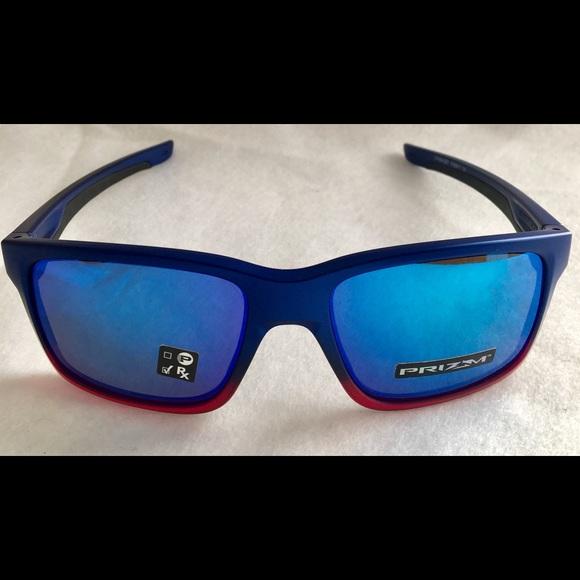 dc558568e3 Oakley Mainlink OO9264 color 32 sunglasses
